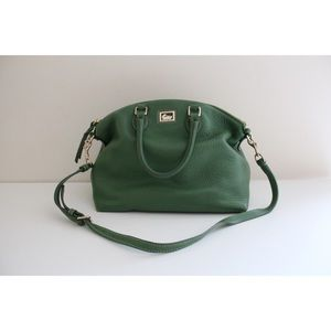 • DOONEY AND BOURKE GREEN LEATHER CROSSBODY BAG •